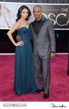 Jamie Foxx con un Calvin Klein, acompañado de su hija Corinne Bishop - El Palacio de Hierro #Oscars 2013 #AlfombraRojaPH