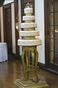 Original cake stand made for a special wedding!
