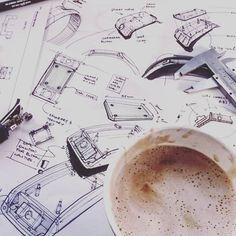 ✒Annnnnnddd GO! #idsketching #technicalanalysis #justmakeitwork #conceptdevelopment #industrialdesign #sketchexploration #electronicdevelopment also thanks to #seatlecoffee 🍵