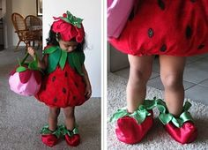 20 Unique Kids Halloween Costumes to Make uuuhh wie süß! The post 20 Unique Kids Halloween Costumes to Make appeared first on Halloween Costumes. Candy Costumes, Cute Costumes, Costumes Kids, Strawberry Baby, Baby Strawberry Costume, Strawberry Shortcake, Diy Halloween Costumes For Kids, Halloween 20, Halloween Disfraces