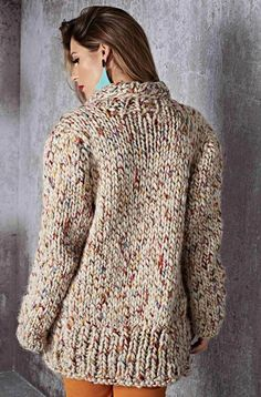 This Pin was discovered by Hül Knit Cardigan Pattern, Oversized Knit Cardigan, Sweater Knitting Patterns, Knit Fashion, Sweater Fashion, Pullover Mode, Big Knits, Quick Knits, Baby Girl Crochet