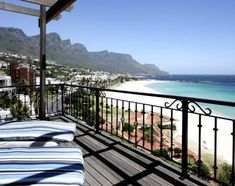 Alexander Beach House in beautiful Camps Bay, Cape Town. Stunning trendy apartment 2 double bedrooms and amazing views from both bedrooms. Cape Town Accommodation, Luxury Accommodation, Cape Town Holidays, Beach Reading, Beach Holiday, House Goals, Beach House, Beautiful Places, Deck