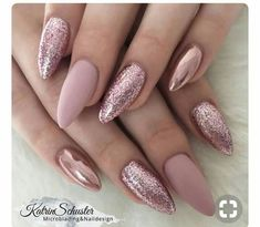10 elegant rose gold nail designs you should try . - 10 elegant rose gold nail designs you should try must - Rose Nail Art, Rose Gold Nails, Pink Glitter Nails, Matte Pink Nails, Glittery Acrylic Nails, Acrylic Nails Chrome, Gold Sparkle Nails, Gliter Nails, Rose Gold Makeup