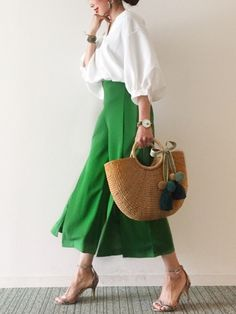 manimacaronのトートバッグを使ったぽこのコーディネートです。WEARはモデル・俳優・ショップスタッフなどの着こなしをチェックできるファッションコーディネートサイトです。