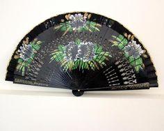 Handfächer - Handfächer,Fächer,schwarz,Blumen,handbemalt, - ein Designerstück von Faecher-Sprache bei DaWanda