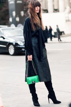 so frenchy so chic. #CarolineDeMaigret in Paris.