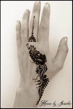 Henna by Jorietha