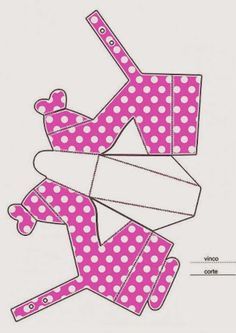 Minnie Free Printable Paper Shoes.