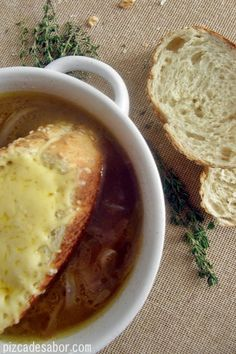 Sopa de cebolla Francesa - Pizca de Sabor