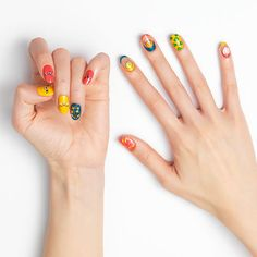 THE FACE SHOP Kakao Friends Trendy Nails #Jay-G - Strawberrycoco