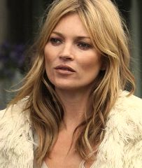 Kate Moss - she truly looks beautiful in this pic.