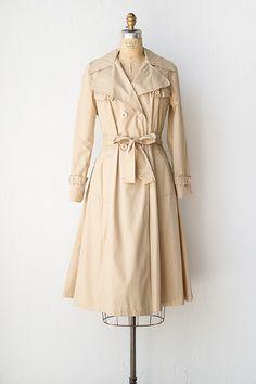vintage 1970s trench coat | 70s trench coat | Brisk Winds Trench Coat #vintage #vintagecoat