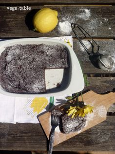 vegeintable: Soft Cake with Pears, Bread and Cocoa (vegan)