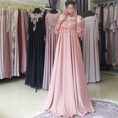 Very nice dress, decorated with a scattering of flowers - Pregnancy Kebaya Dress, Dress Pesta, Maternity Bridesmaid Dresses, Bridal Dresses, Hijab Evening Dress, Evening Dresses, Abaya Fashion, Fashion Dresses, Simple Dresses