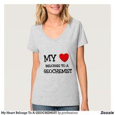 Your Custom Hanes Nano T-Shirt mit V-Ausschnitt für Frauen