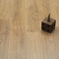 Extraordinary wood laminate flooring types you& love Source by naomiwlemons. Laminate Flooring Basement, Herringbone Laminate Flooring, Laminate Flooring Colors, Direct Wood Flooring, Grey Laminate, Timber Flooring, Flooring Types, Floor Colors, Basement Remodeling