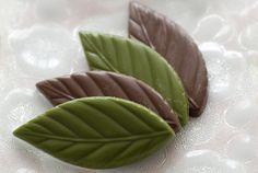 Chocolate leaves by Smaku