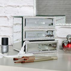 Pretty Mirrored 3 Drawer Jewellery Box