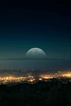 I absolutly love Moon!!!!