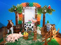 Alugueldecoração de festa infantil Fazendinhaá domicilio ou no local da sua festa, se preferir retire pegue e monte mesa fazendinha infantil decorada.