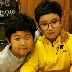 Junsu with Ji Sukjin's son ♡