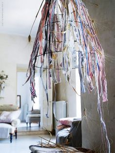 lamp shade made from fabric scraps and upside down tomato cage? potential!!!
