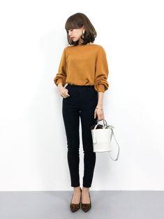 Mila Owenのニット・セーター「ボリュームスリーブニット」を使ったeriko(ZOZOTOWN)のコーディネートです。WEARはモデル・俳優・ショップスタッフなどの着こなしをチェックできるファッションコーディネートサイトです。