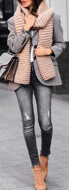 #winter #outfits gray 2-button blazer with gray knitted scarf. Pic by @london_style_blog.