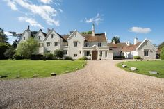 Tennis starts with Love: Silchester House, Berkshire