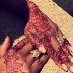 Henna Looks Great On Dark Skin Love How These Hands Came Out
