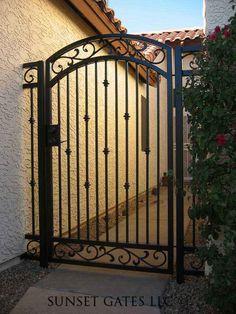 Wrought Iron Gate Designs, Wrought Iron Garden Gates, Wrought Iron Decor, Fence Design, Door Design, Iron Fence Gate, Lattice Garden, Custom Gates, Garden Doors