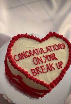 Pretty Birthday Cakes, Pretty Cakes, Cute Cakes, Funny Cake, Love Cake, Aesthetic Food, Strawberry Shortcake, Let Them Eat Cake, Amazing Cakes