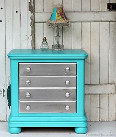 Spray Paint Furniture Metallic Silver And Add Turquoise To The Mix painted furniture Metallic silver with turquoise. Teal Furniture, Spray Paint Furniture, Refurbished Furniture, Repurposed Furniture, Furniture Projects, Furniture Making, Furniture Makeover, Painted Furniture, Bedroom Furniture
