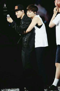 XiuChen Xiumin and Chen