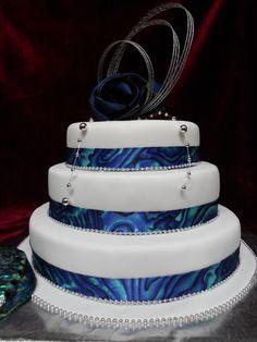 Maori /Paua themed Wedding cake. A true Kiwiana wedding cake. Celebrate your nation's identity with this special Paua shell themed wedding cake. www.frescofoods.co.nz email: fresco@woosh.co.nz Themed Wedding Cakes, Wedding Desserts, Scottish Wedding Themes, Kiwiana, Beer Cupcakes, Island Cake, Flax Flowers, Big Cakes, Specialty Cakes