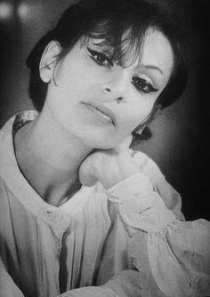 Barbara (Monique Andrée Serf)
