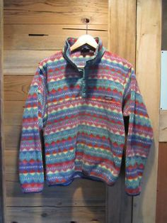 As posted by Callie...Vintage Patagonia. I owned this exact Patagonia pull over at one time.