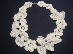 I love Irish crochet. Its simple yet elegant. I made this 2012 and wear it frequently. Freeform Crochet, Crochet Motif, Crochet Flowers, Hand Crochet, Crochet Lace, Irish Crochet Patterns, Crochet Collar, Yarn Thread, Irish Lace