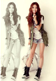 I just love the colour and the various textures of this outfit. It is just fun and cute to wear outside <3
