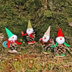 Vintage Inspired Christmas Pine Cone Elves - My So Called Crafty Life blog
