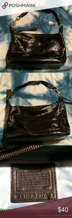 Coach Bag Black used Coach Bag GUC Coach Bags Shoulder Bags
