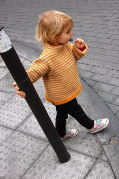 Gorgeous timeless children's knitwear from Spain. <3