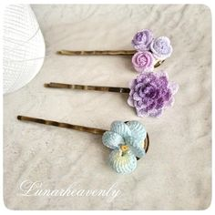 Pansy, Dahlia and Rose Hairpins ~ by LunarheavenlyHairpin made by order. Because it is simple and easy to use item, I want to make lots of things with various flowers ♡ # Lace stitch # crochet # crochetflower # dahlia # roseKnitting that inspires - Crochet Jewelry Patterns, Crochet Hair Accessories, Crochet Flower Patterns, Crochet Hair Styles, Handmade Accessories, Crochet Flowers, Crochet Shoes, Crochet Art, Crochet Gifts
