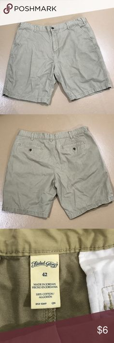 Men's Faded Glory Shorts Men's Faded Glory Shorts in good preloved condition. No rips, stains or tears. This are sturdy Shorts and have several years of life left in them. Bundle for more savings and I'm open to offers! Faded Glory Shorts Cargo
