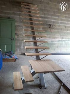 mono stringer floating staircase, assemble in workshop Wood Staircase, Floating Staircase, Staircase Design, Architecture Renovation, Steel Stairs, Modern Stairs, Interior Stairs, House Stairs, Stairways