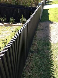 swirl privacy screen nice fence idea 19 fascinating bamboo fencing courtyards ideas privacy fence with decorative topper privacy wood fence with caps Patio Fence, Front Yard Fence, Fence Landscaping, Backyard Fences, Front Yards, Garden Privacy, Backyard Privacy, Garden Fencing, Bamboo Fencing