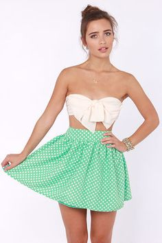 Check it out from Lulus.com! Looks like you're hot on the trail to unlocking the cutest look of the year; the Elementary, My Dear Spot-son Mint Green Polka Dot Skirt! This versatile skater skirt puffs out gently from a fitted waistline in a silky mint and ivory polka dot print. Hidden side zipper/hook clasp. Fully lined. Model is wearing a size small. Self: 75�0Cotton, 25�0Polyester. Lining: 100�0Polyester. Hand Wash Cold. Imported.