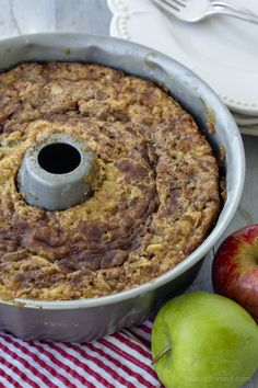 Cinnamon Apple Bundt Cake - Yellow Bliss Road