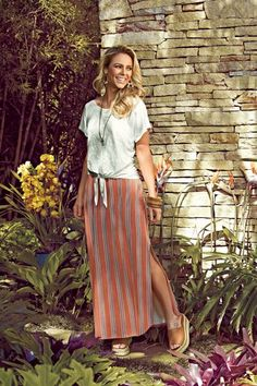 Long Skirt Outfits For Summer, Cute Skirt Outfits, Summer Outfits Women, Summer Fashion Trends, Spring Summer Fashion, Classy Going Out Outfits, Kawaii Dress, Dress With Sneakers, Elegant Outfit
