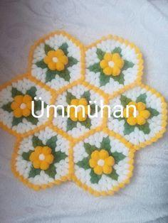 Crochet Motifs, Crochet Doilies, Mantel Redondo, Crochet Designs, Needlework, Elsa, Carpet, Crafts, Farmhouse Rugs
